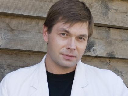 Актер Михаил Дорожкин