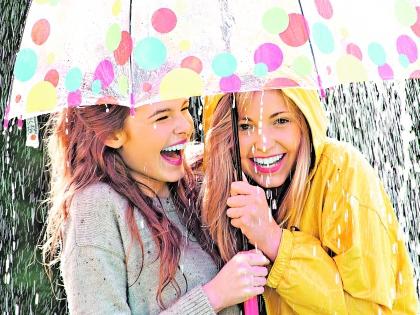Девушки под зонтом