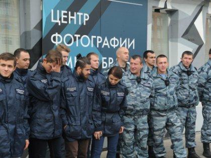 Одно из подразделений «Офицеров России» – молодежное – возглавляет жена Антона Цветкова, Сабина