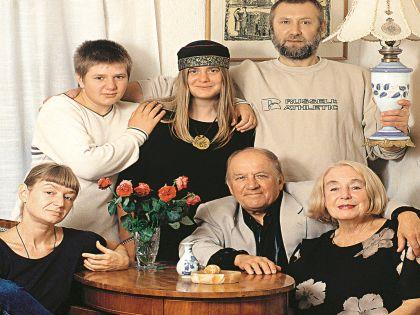 Лев Дуров с семьей