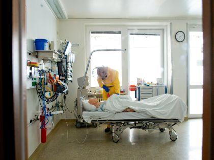 В палате больного вирусом Эбола