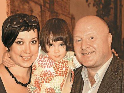 3-летняя дочь Елены и Сергея уже сейчас показывает актерский талант