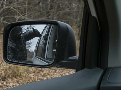 В ходе обысков у злоумышленников изъяты 740 тысяч рублей и патроны от автомата Калашникова