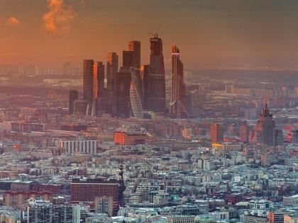 В Москве температура воздуха близка к уровню 2005 года, а давление ниже, чем в 1941