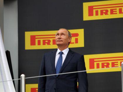 Президент РФ Владимир Путин на Гран-При «Формулы-1» в Сочи