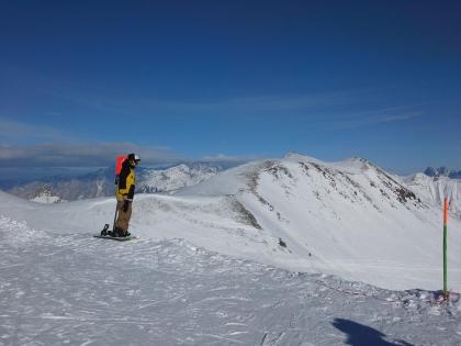Поднявшись на гору Садзеле запросто можно очутиться выше облаков
