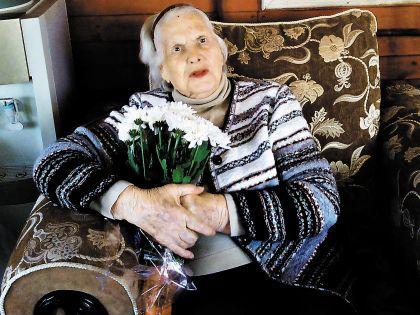 Мама Александра Абдулова