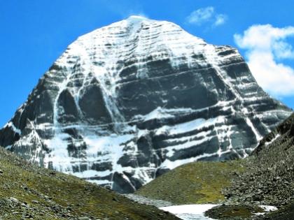Гора Кайлас многим помогла начать жизнь заново