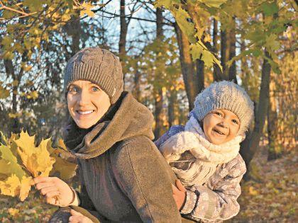 Красавица Грета очень любит свою семью, а особенно внучку, с которой каждый день общается по скайпу