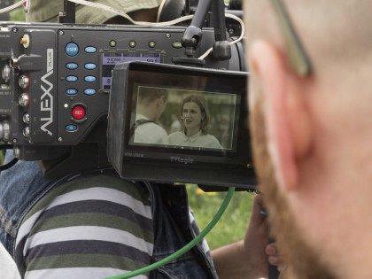 Сценарий побывал на разных каналах, в продакшн-студиях, прежде чем попал на «Домашний»