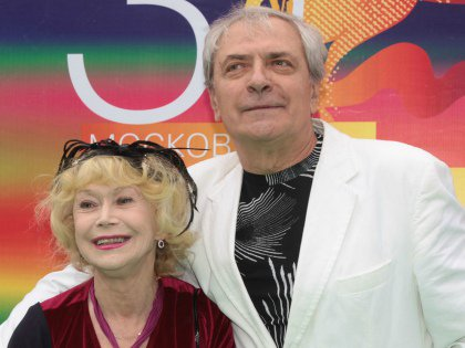 С мужем Александром Лазаревым