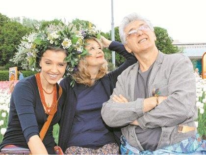 С дочерью Ксенией и третьим супругом – актером Сергеем Мартыновым