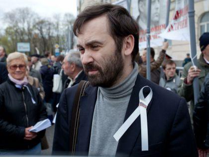 Оппозиционный депутат Илья Пономарёв