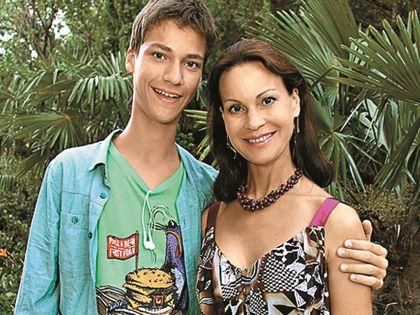 Актриса с сыном Филиппом