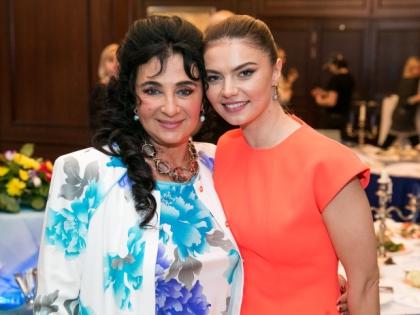 Алина Кабаева с Ириной Винер