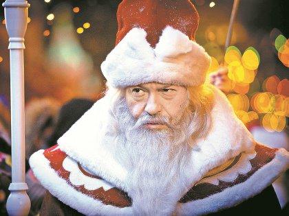 Фёдор Бондарчук в роли Деда Мороза
