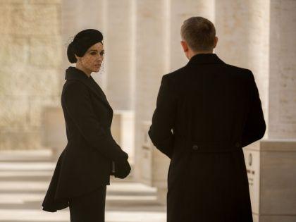 Дэниел Крейг и Моника Беллуччи в фильме «007: Спектр»