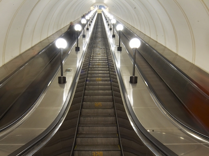 Сейчас движение поездов на Сокольнической линии «приводят в порядок»