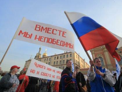 Сегодня России нужна монархия, заявил Сергей Аксенов