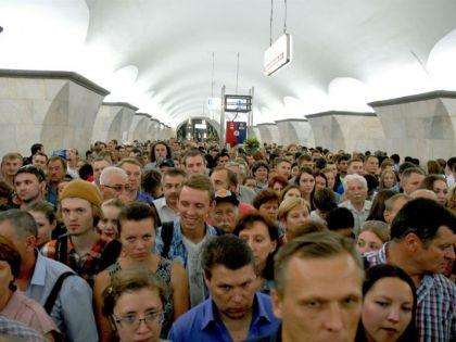 Движение в метро будет осложнено из-за фестиваля фейерверков