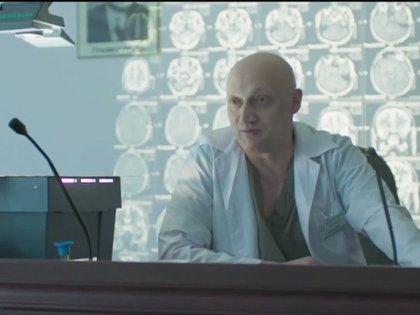 Гоша Куценко в роли врача
