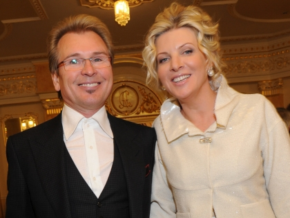 Александр Малинин с женой Эммой