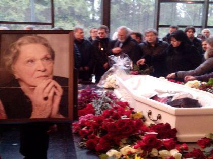Сергей Миронов рассказал о жизни и смерти Риммы Марковой