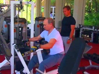 Путин – в спортзал