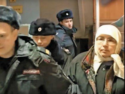 «Православные» воспиталки исправно ходят в суд самостоятельно