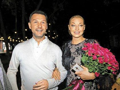 Настя Волочкова и племянник мэра Москвы Антон Собянин