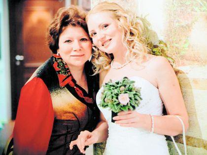 Елена Мягких с дочерью