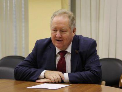 Депутат от КПРФ Сергей Обухов