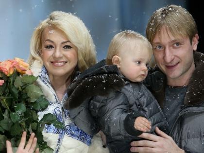 Яна Рудковская, Евгений Плющенко и их сын Александр