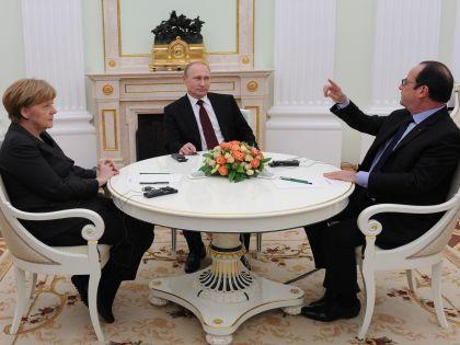 Ангела Меркель, Владимир Путин, Франсуа Олланд