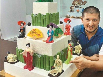 Ренат Агзамов со своим шедевром
