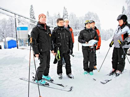 Медведев, Козак, Новиков, Ткачев, Устинов