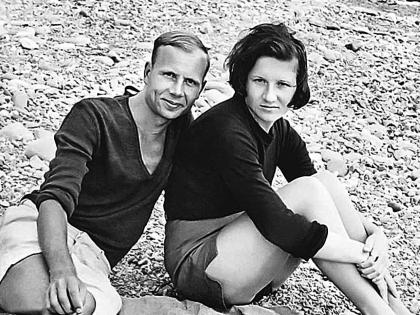 Дочь Михаил Пуговкина Елена и ее муж Владислав