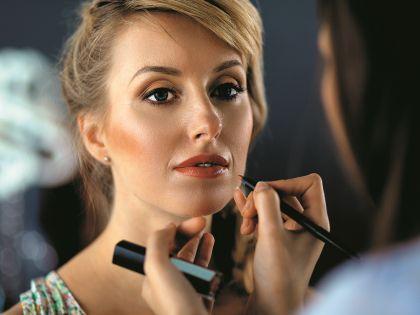Главное в идеальном макияже – умеренность