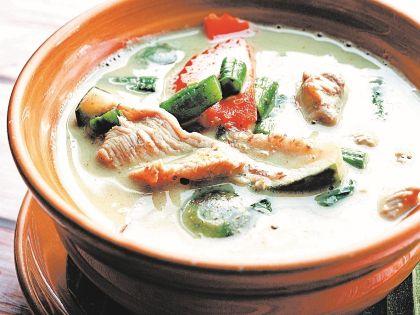 Куриный суп по-тайски