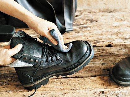 Не храните обувь в пластиковых пакетах, она может покрыться плесенью!