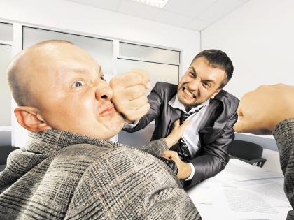 Нападение на чиновника