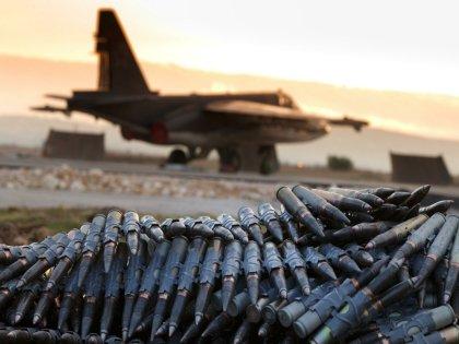 Шесть самолётов РФ нанесли удар по объектам террористов в Сирии