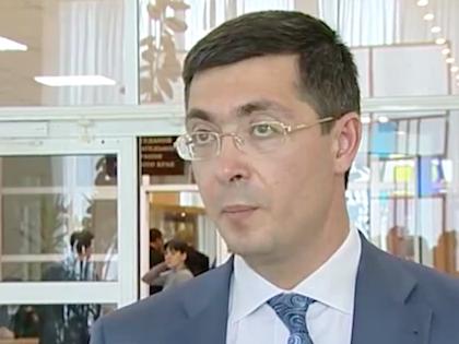 Обвиняемый в хищении 40 млн рублей экс-глава Минрегионразвития Роман Панов