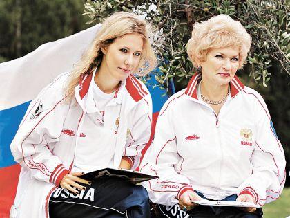 С мамой Людмилой Нарусовой
