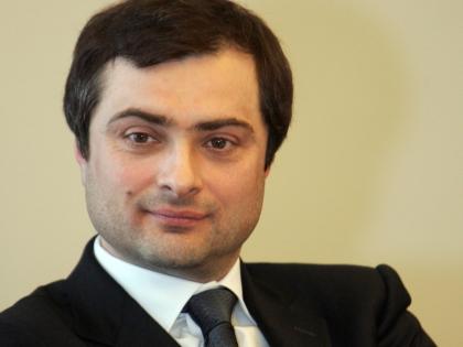 Илья Пономарев: Сурков ненавистен силовикам как сторонник мирного решения украинского вопроса