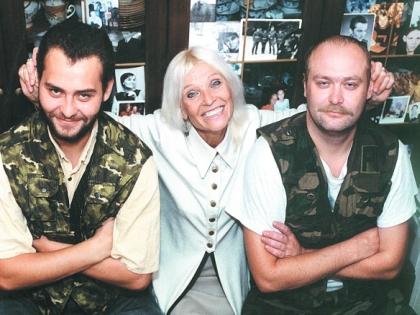 Светлана Светличная с сыновьями