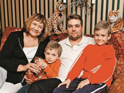 Сын и внуки – самые близкие мужчины в жизни актрисы