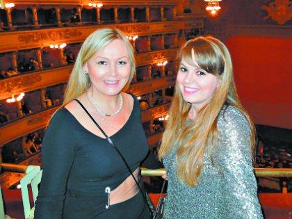 Дочь певца страдает от того, что папа не хочет ее признавать