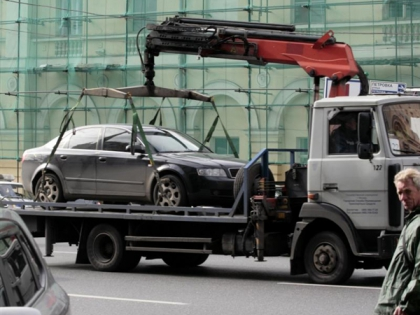 С 19 июня в силу вступают новые правила эвакуации авто