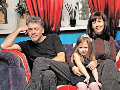 Артемий Троицкий с семьей
